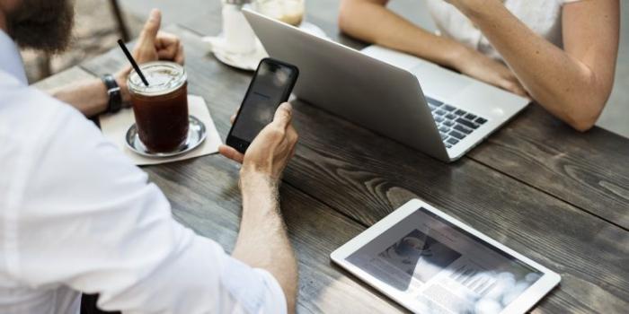 Falle nella rete 4G: si possono intercettare e falsificare i messaggi
